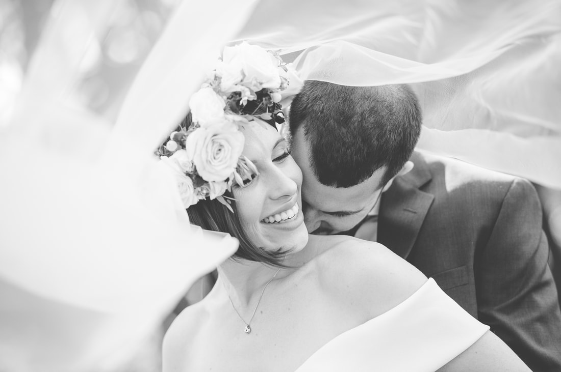 creative bride and groom photos, black and white wedding photos, veil