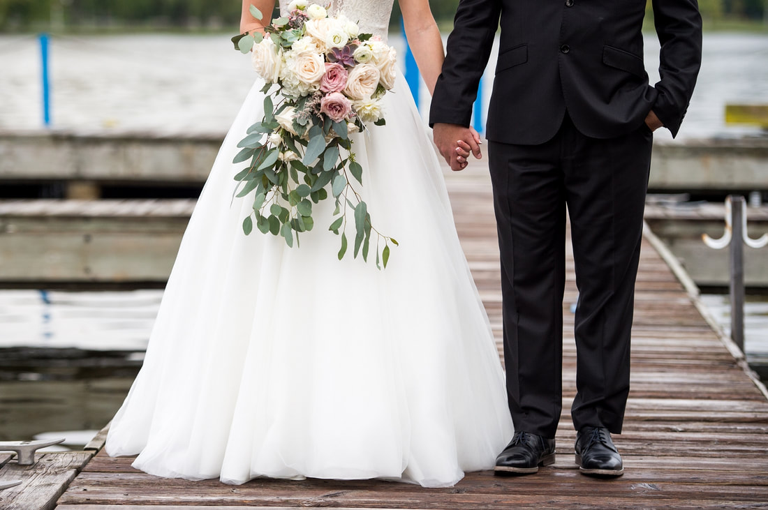 bride and groom photos, Dow's Lake, Lago restaurant